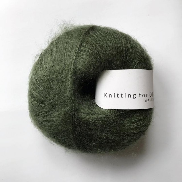 Knitting for Olive Flaskegrønn
