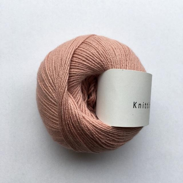 Knitting for Olive Rabarber rose