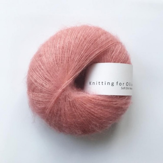 Knitting for Olive Flamingo
