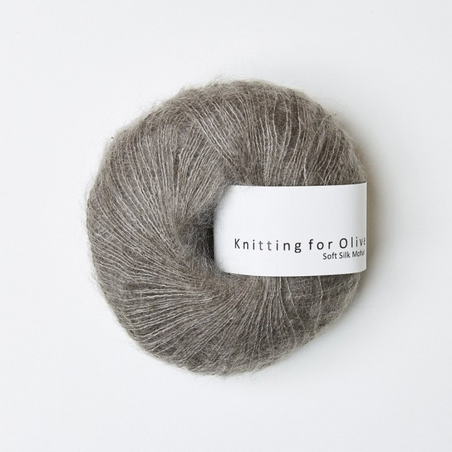 Knitting for Olive Soft Silk Mohair Gråbrun